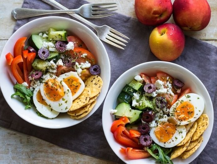Boiled Eggs with other Food Combination